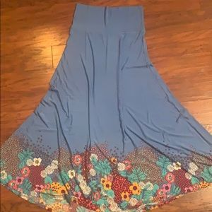 LuLaRoe Skirts - Lularoe Maxi skirt Medium. Never worn!